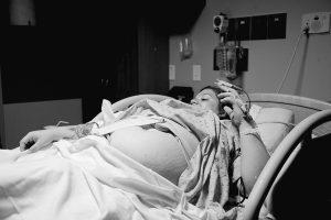 mujer de parto